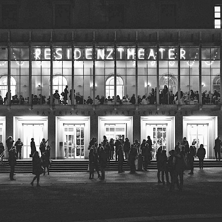Residenztheater - Foto aus The Palace Collection